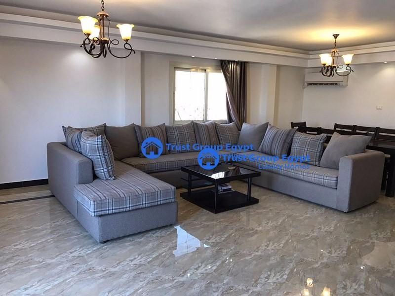 pent house with large Terrass  for rent in new Cairo