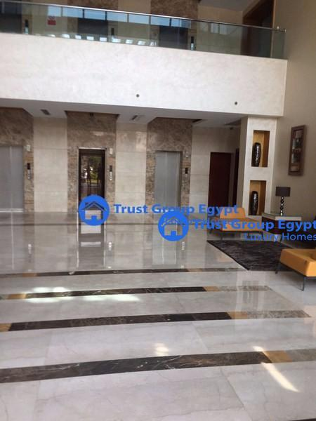very good chance building for rent in new cairo