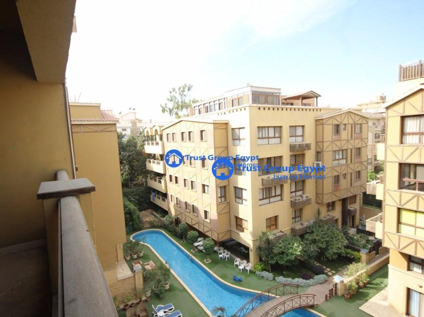 Penthouse with  swimming pool for rent in madi saryaat