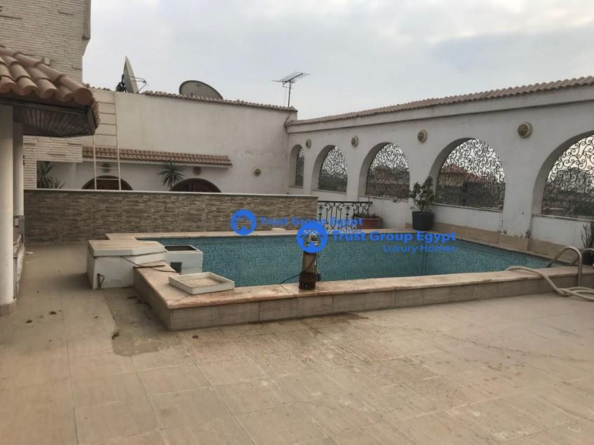 Excellent in good location pent house for rent in maadi degla